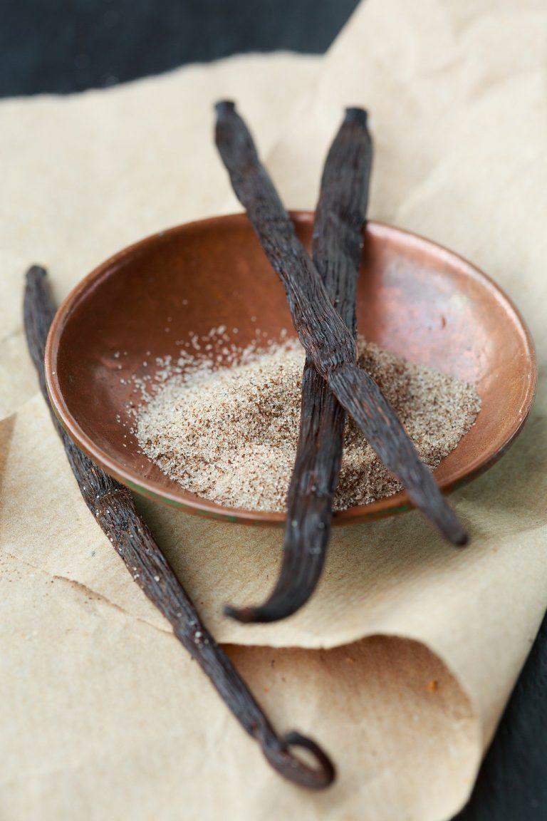Vanilla bean and sugar